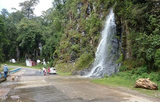 Jim dogs taxi people and waterfall nr ixuacan