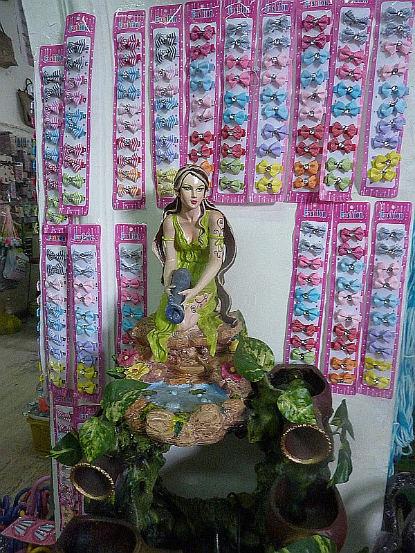Woodnymph fountain and hairbows