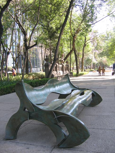 Curvaceous_bench