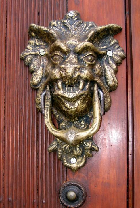 Img_0021_doorknocker